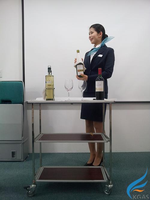 [항공서비스] 와인실습사진
