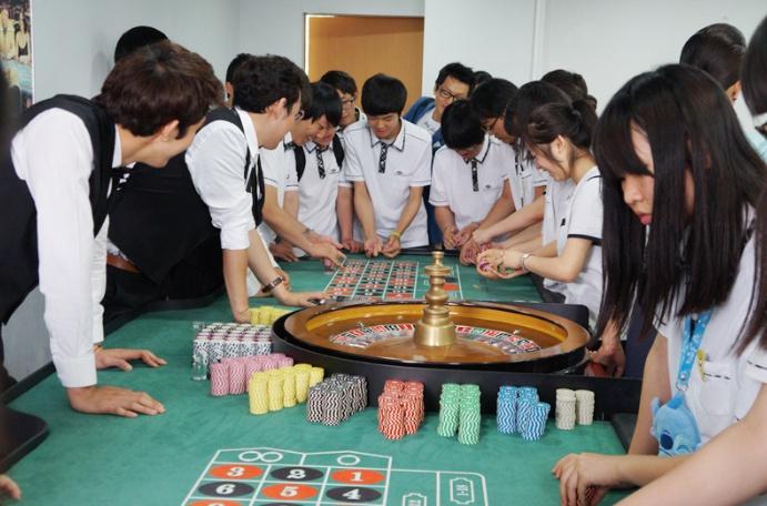 [호텔카지노경영] 고교생 카지노딜러 체험교실